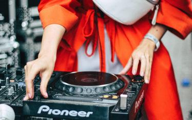 Los Angeles Female DJ